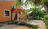 Villa Behi