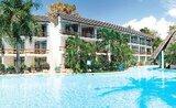 Recenze Travellers Beach Hotel & Club