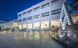 Recenze Azure Resort & Spa Hotel