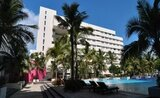 Recenze Oasis Palm Hotel
