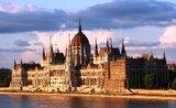 Budapešť – královna Dunaje, lázně a paláce