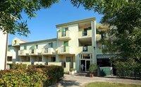 Residence Robinia /Pinetine - Itálie, Caorle,