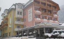 Hotel Corona Wellness & Family - Pinzolo, Itálie