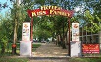 Hotel Kiss Family - Balatonföldvár, Maďarsko