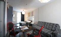 Atelier Design - Gardone Riviera, Itálie