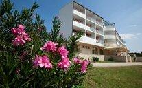 Hotel Alba - Sv. Filip i Jakov, Chorvatsko