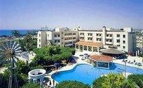 Crown Resort Henipa - Larnaca, Kypr