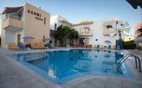 Cosmi Apartments - Gouves, Řecko