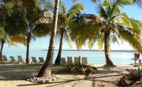 Aitutaki Village - Aitutaki, Cookovy ostrovy