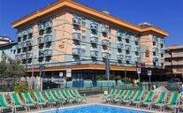 Hotel Arizona - Bellaria-Igea Marina, Itálie