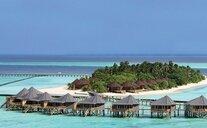 Komandoo Maldive Island Resort - Lhaviyani Atol, Maledivy