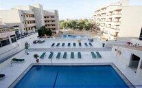 Aparthotel Playa Mar - S'Illot, Španělsko