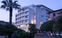 Hotel Sina Astor Viareggio - Viareggio, Itálie