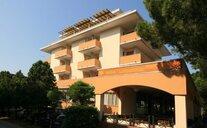 Hotel Garni Losanna - Bibione, Itálie