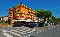 Azzurra - Sirmione, Itálie