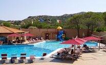 Club Esse Cala Bitta - Baja Sardinia, Itálie