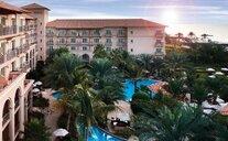 The Ritz Carlton Dubai Hotel - Dubai, Spojené arabské emiráty