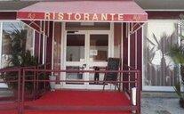 Mediterraneo Resort - Pineto, Itálie
