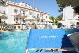 Hotel Pineta - Itálie, San Menaio