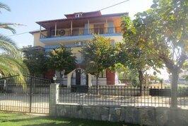 Vila Marieta - Řecko, Nea Vrasna