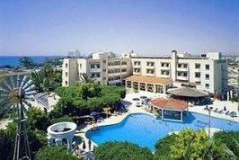 Crown Resort Henipa - Kypr, Larnaca,