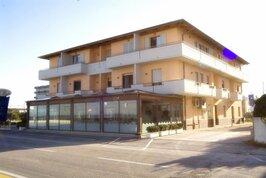 Residence Holiday Perla - Itálie, Marotta,