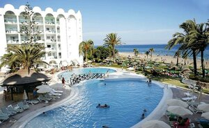 Marinas de Nerja Aparthotel Beach & Spa - Nerja, Španělsko