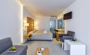 Happy Days Hotel - Georgioupolis, Řecko