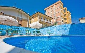 Recenze Hotel Astor - Cesenatico, Itálie