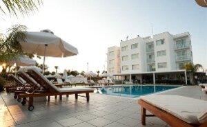 Frixos Suites Hotels - Larnaca, Kypr