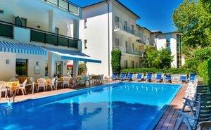 Recenze Hotel Athena - Cervia, Itálie