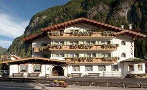 Hotel Alaska - Campitello di Fassa, Itálie