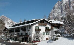Menardi Hotel - Cortina d´Ampezzo, Itálie