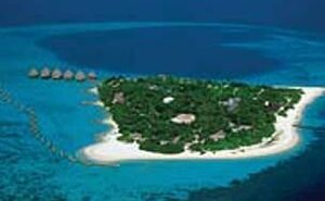 Recenze Velidhu Island Resort - Ari Atol, Maledivy
