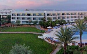 Recenze Grand Palladium Palace Ibiza Resort & Spa - Playa d'en Bossa, Španělsko