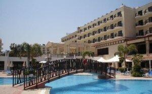Recenze Constantinos the Great Beach Hotel - Protaras, Kypr