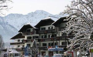 Recenze Hotel Lindwurm  -Bad Goisern - Dachstein West, Rakousko