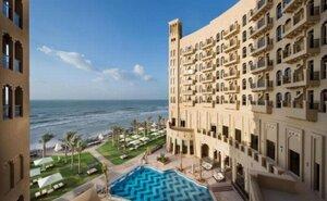 The Ajman Palace - Ajman, Spojené arabské emiráty