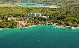 Beli Kamyk - Njivice, Chorvatsko