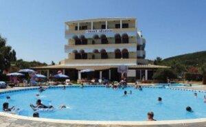 Hotel Cooee Albatros - Moraitika, Řecko
