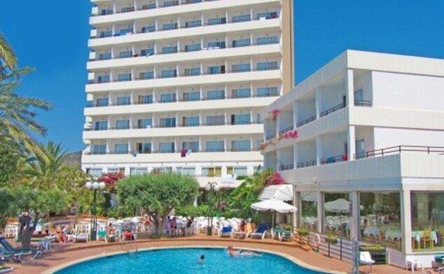 Morito Club Hotel