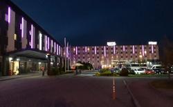 Večerní hotel