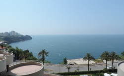 Pohled z hotelového balkonu