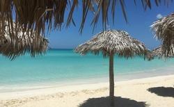 ... pláž, přímo u hotelu