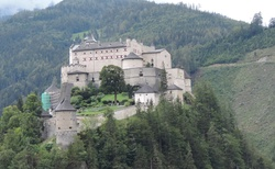 Hohenwerfen Castle od Gasthof Zaismann