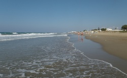 Pláž v Analipsi