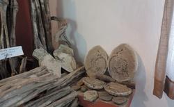 Ilakaka - prodejna safírů - výstavní síň