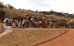 Cesta z Ifaty do Ambositra - oprava silnice