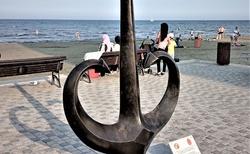 ..pri pristve v Larnake.