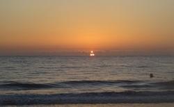 Svítání slunce nad Karibikem
